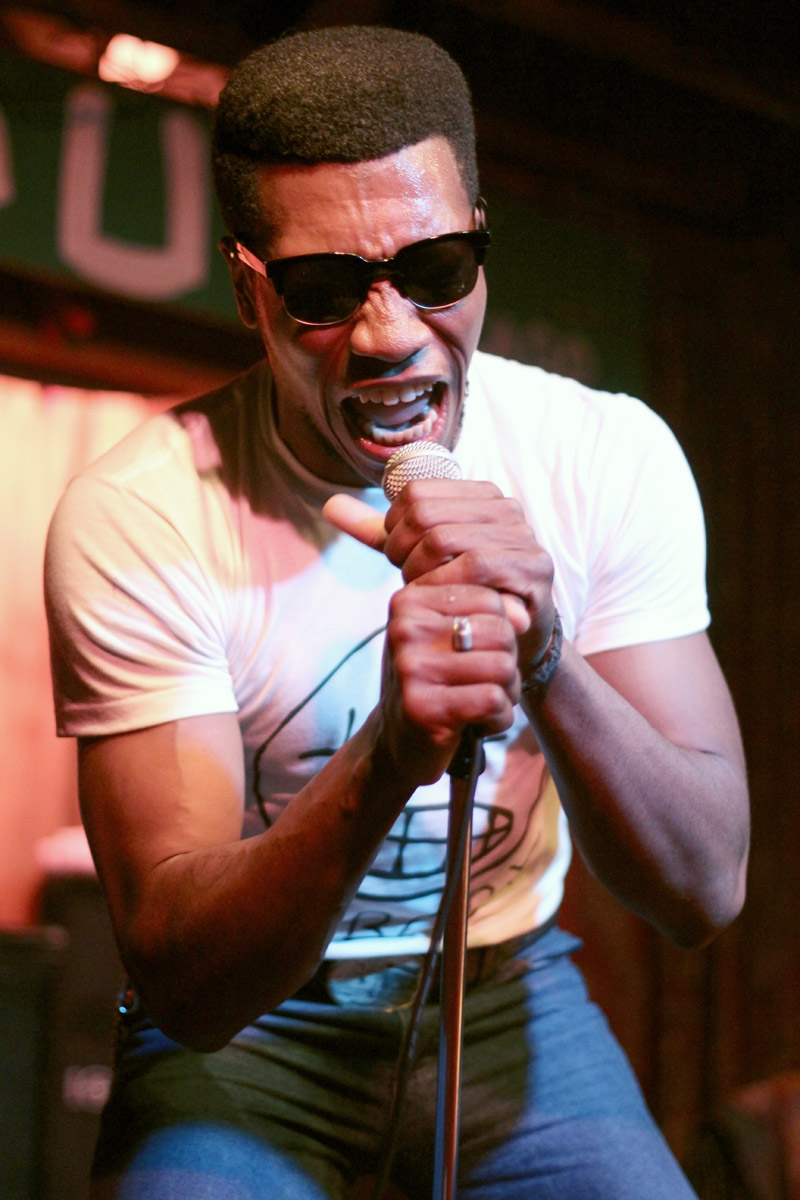 Willis Earl Beal, April 20, 2012, at the Hideout.